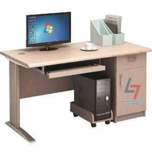 Bàn nhân viên NT 140C3HLA gỗ công nghiệp phủ Laminate, chống xước, chống thấm nước. Bàn có yếm lửng trang trí, có hộc liền, có chỗ để CPU và bàn phím.
