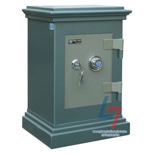 Két sắt an toàn KA 22 là dòng két đứng. Với mã khóa khách hàng sẽ sử dụng mã két mặc định được nhà máy cấp ngẫu nhiên cho mỗi sản phẩm két sắt